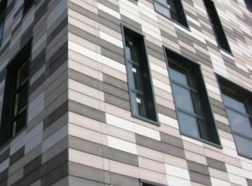 Утепление фасадов коммерческих зданий при помощи Marmoroc 10